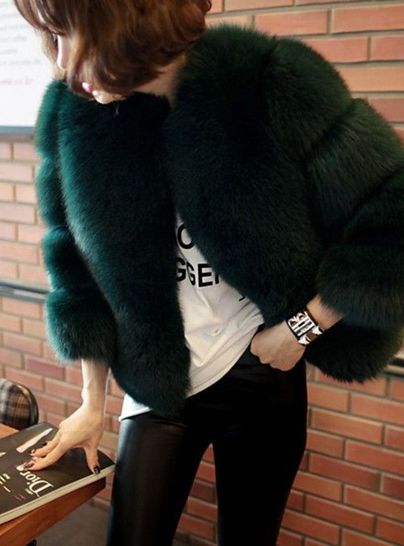 Black-fake-fur-thick-coats-for-your-style