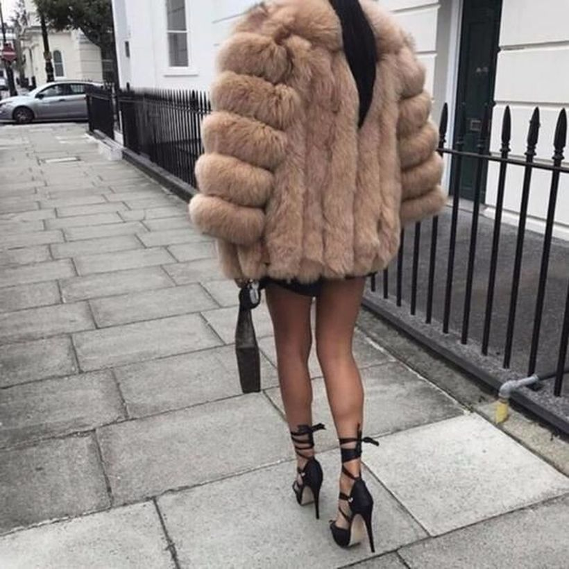 Beige-fake-fur-coats-for-your-style