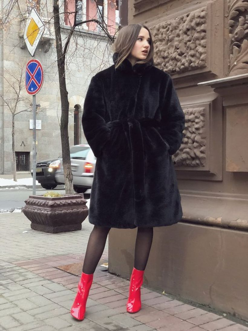 Black-fake-fur-thick-coats