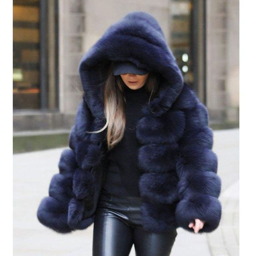 Dark-purple-fake-fur-thick-coats-with-deep-black-shirts
