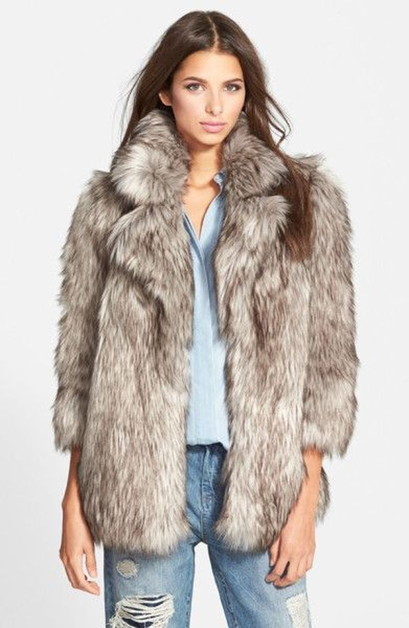 Simple-grey-fake-fur-thick-coats
