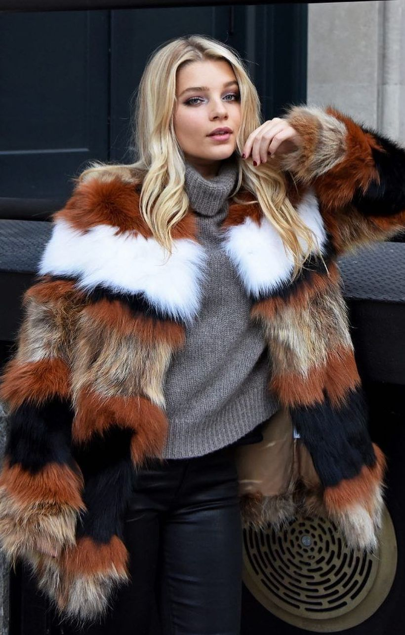 Unique-fake-fur-coats-like-the-color-of-a-tiger
