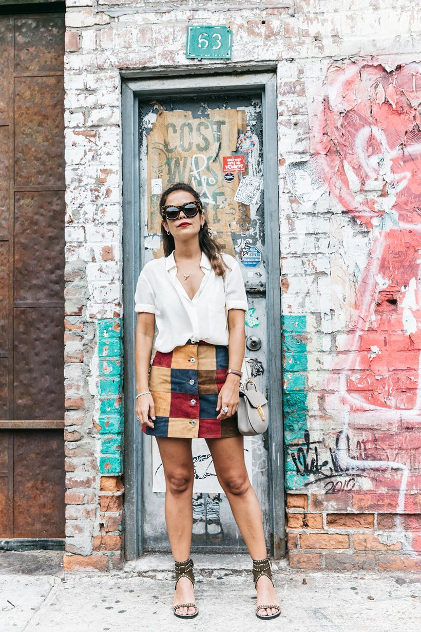 Interesting patchwork skirt with combine white shirt and shoes for street style