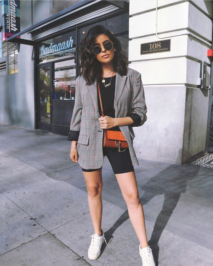 An-adorable-wear-bike-outfit-combined-with-a-blazer-patterned-black-top-your-bike-shorts-and-a-simple-tee-to-look-cute.-