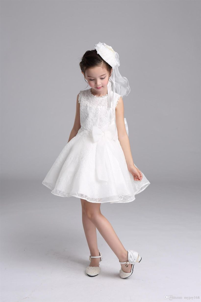 Beautiful girls outfit ideas with white gowns, white flower hair pins and white shoes