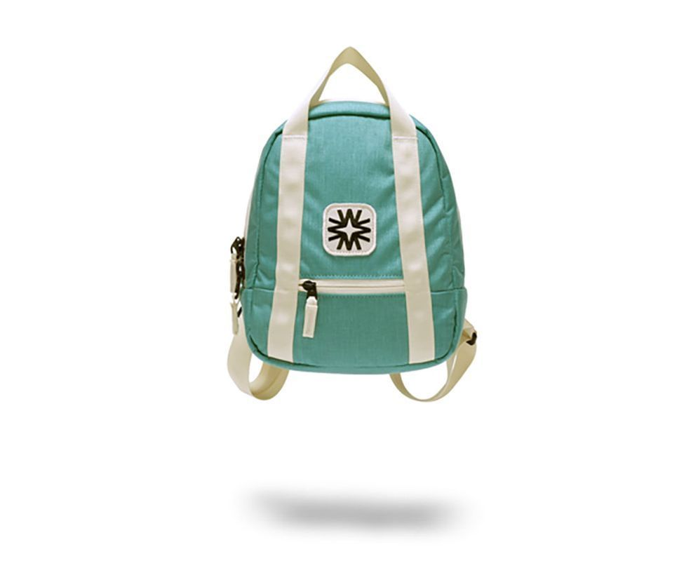 An amazing green bags for cute boy