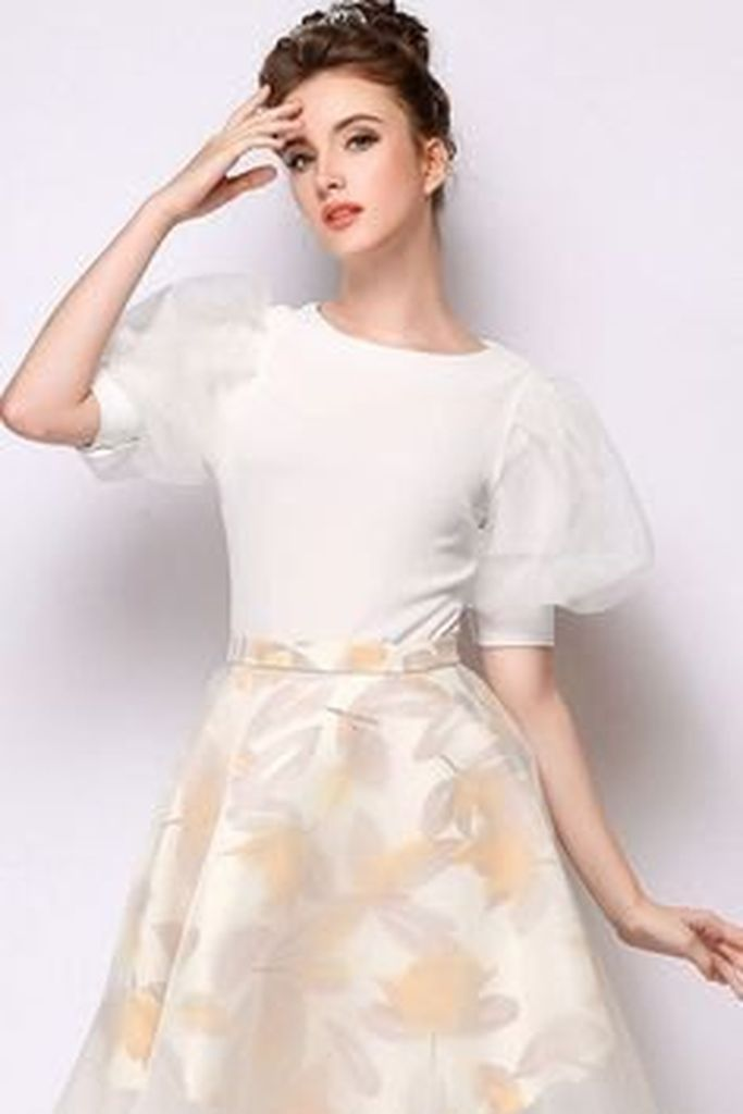 Beautiful outfit style for women with white two-toned puff sleeve top with flare skirt to perfect your style in this moment