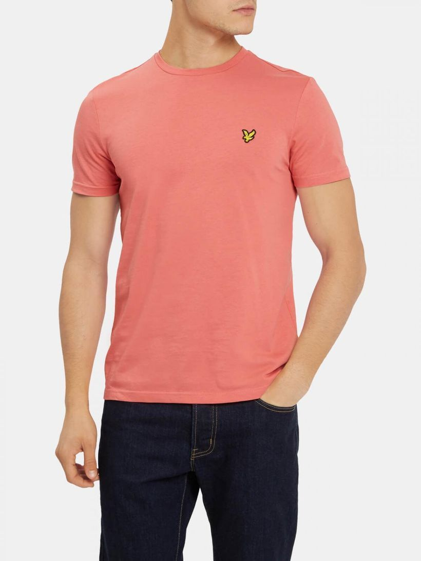 Cute pink t-shirt for men to create different