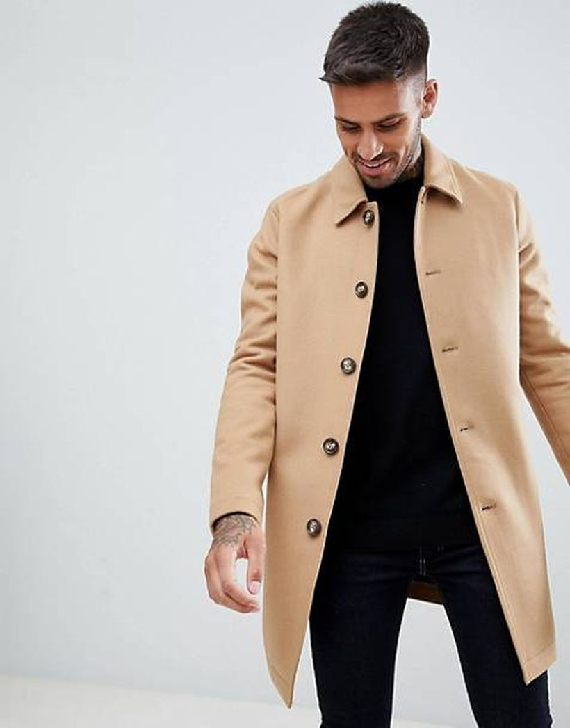 Interesting long beige coat for men to complete your style