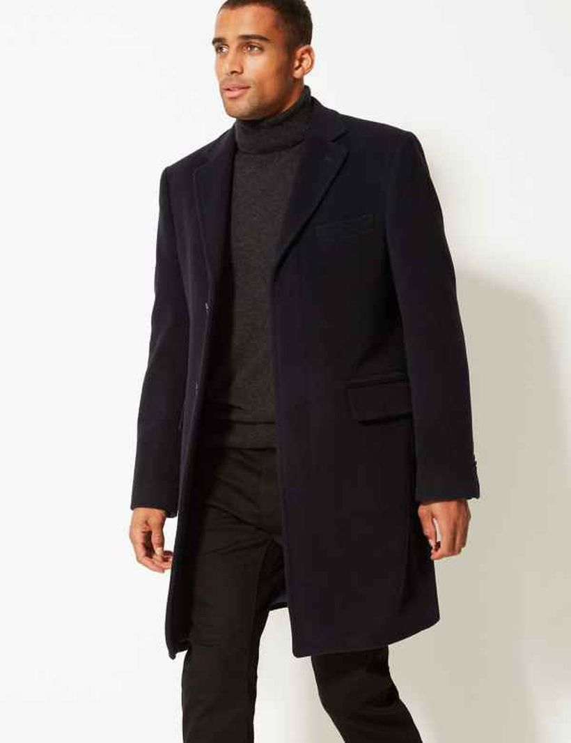 Stunning long black coat for men to look casual