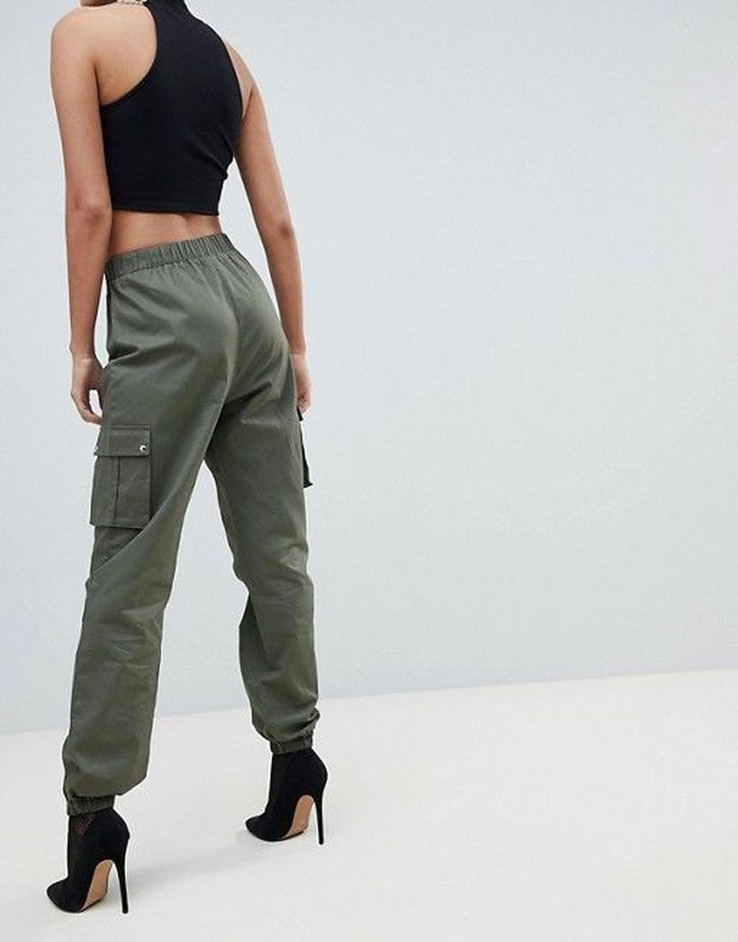 Brown-cargo-trouser-with-high-heels