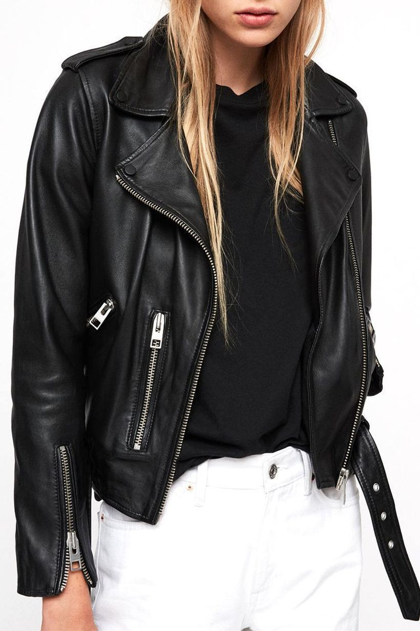 Most-awesome-outerwear-with-black-thick-jacket-for-women-to-look-cool