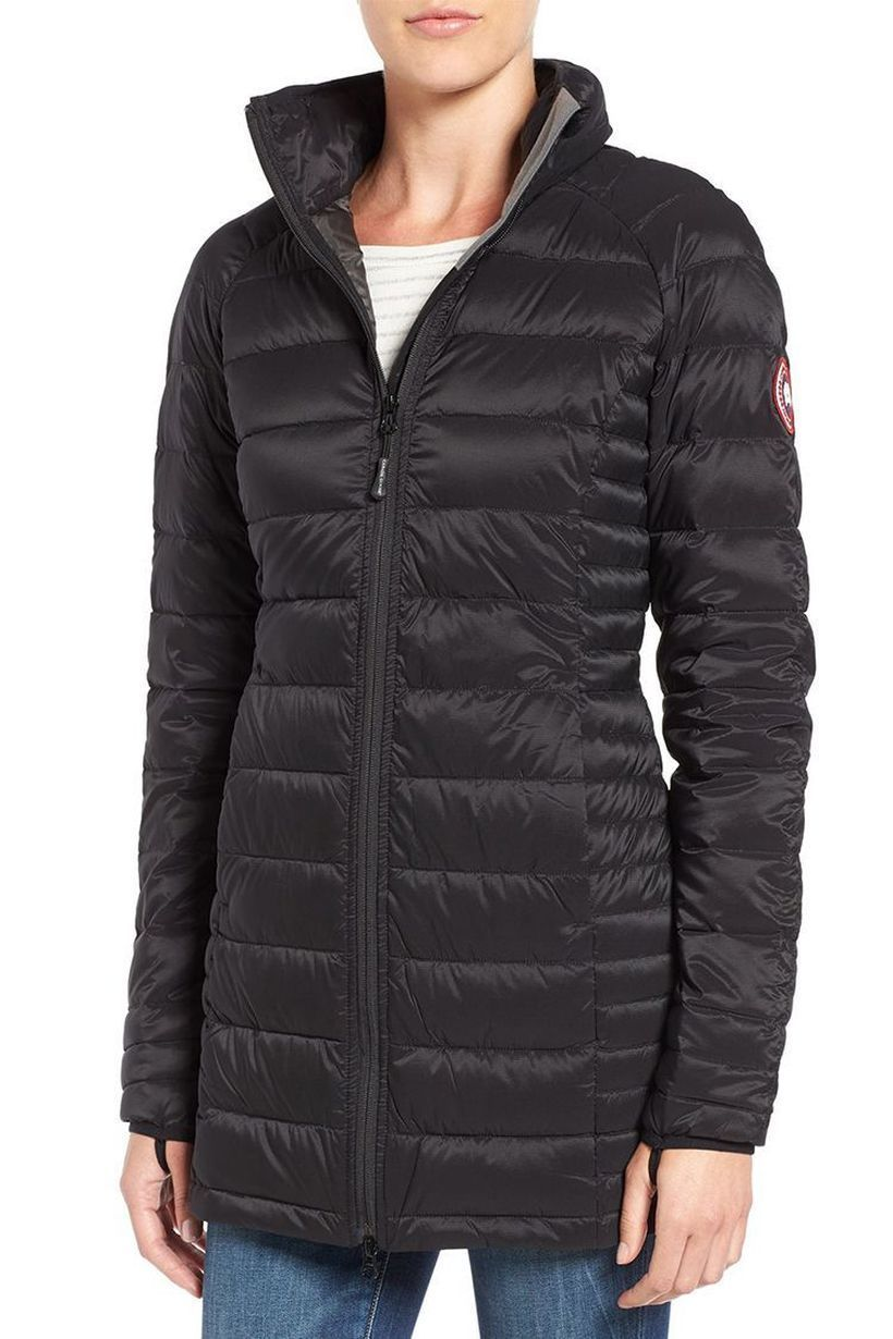Black-thick-jacket-suitable-for-outerwear-in-the-fall-to-create-you-comfortable-and-warm