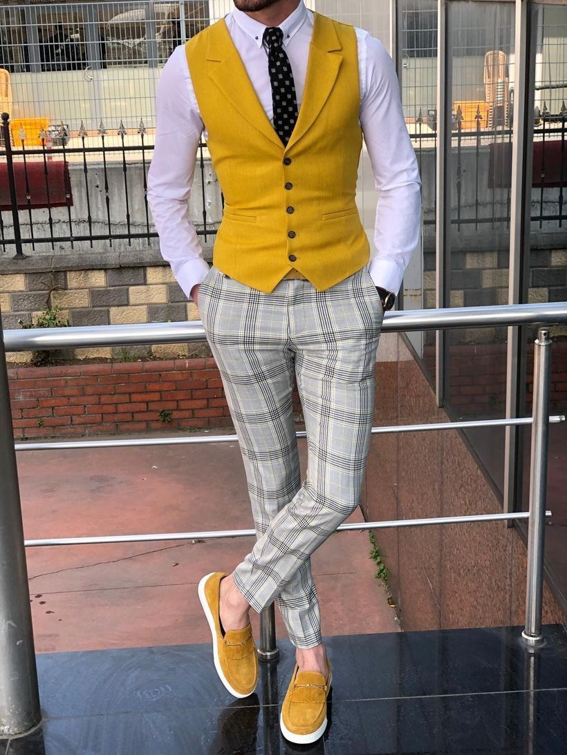 Fresh-yellow-vest-with-plaid-pants