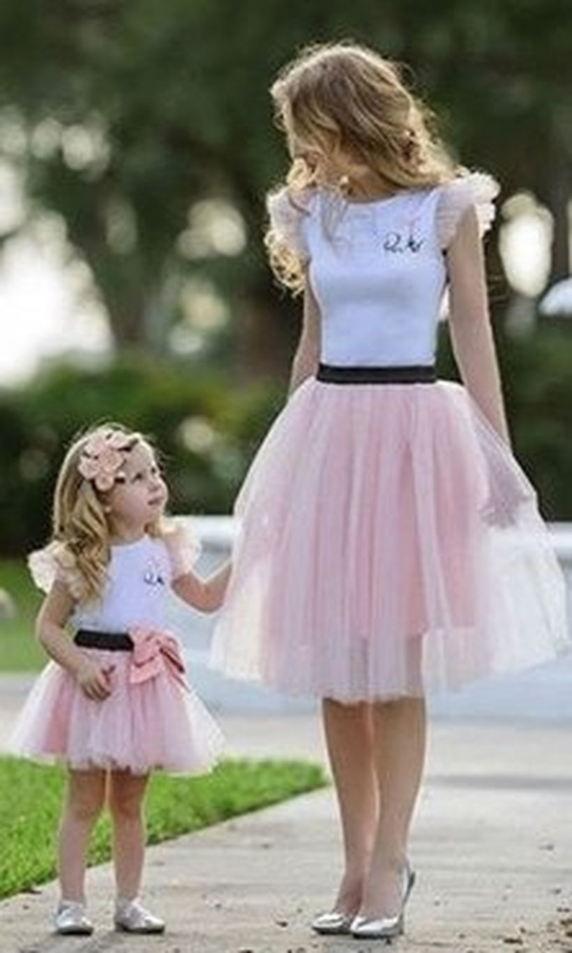 Shirt-with-lace-sleeves-and-skirt-lace-to-look-beauty-for-mom-and-daughter-outfits