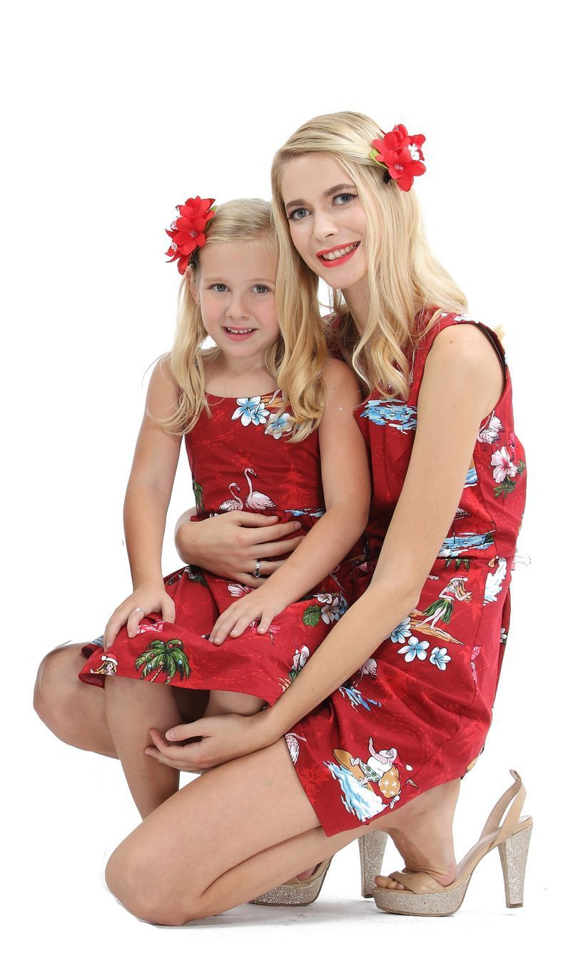 Fall-matching-outfit-for-mom-and-daughter-with-hawaiian-luau-outfit-and-red-dress-to-look-chic