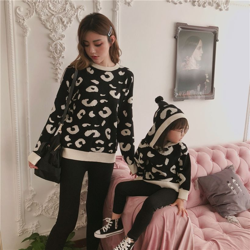 Family-clothing-cotton-leopard-with-casual-knit-sweater-for-mom-and-daughter-you-must-try