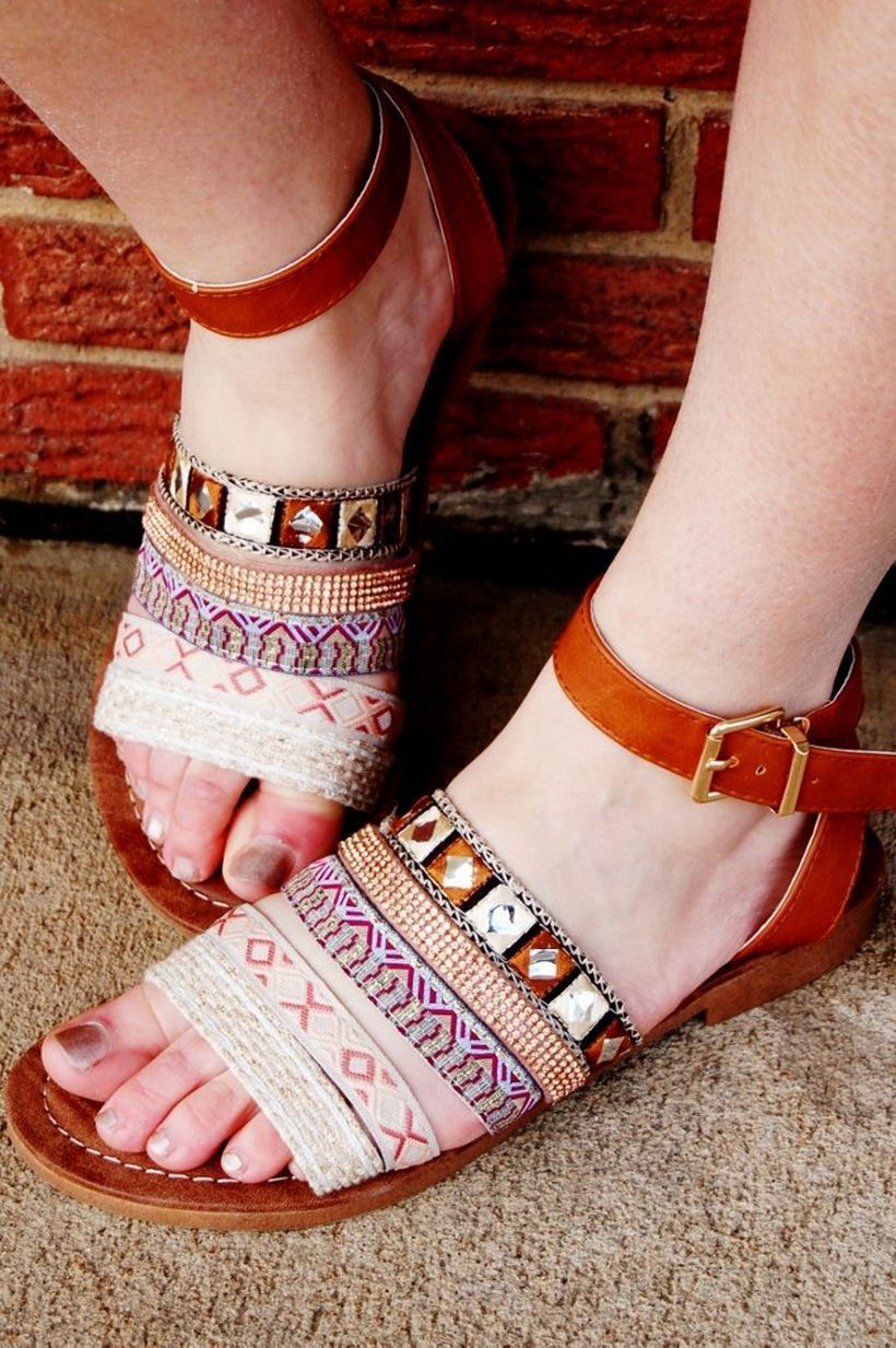 Creative footwear with weaving decoration and brown color for good looking