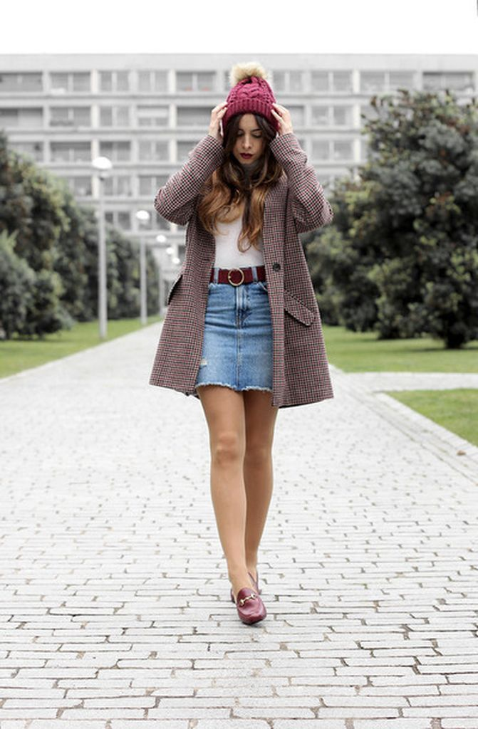 An-awesome-casual-outfit-style-with-printed-coat-combined-with-denim-skirt-to-perfect-your-style