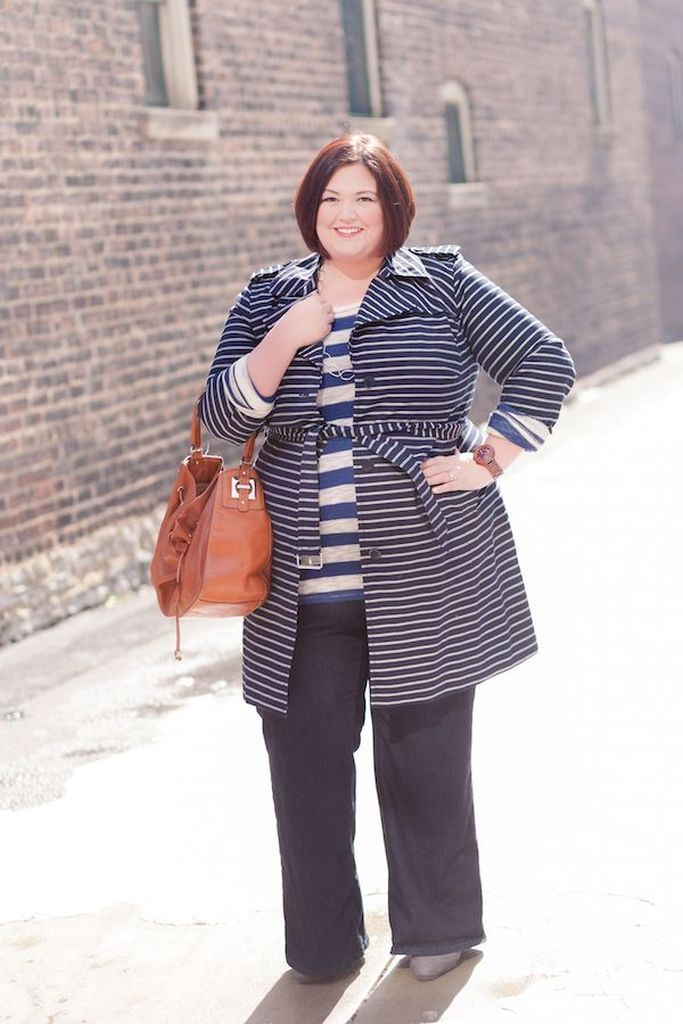 Striped coats and striped t-shirt combined with black pants