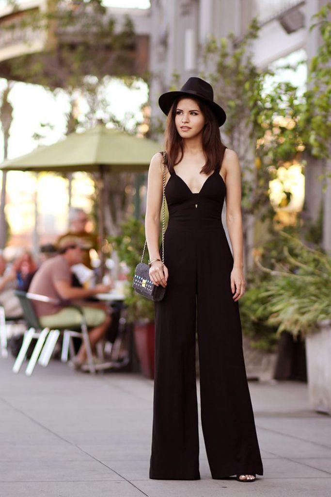 Black-jumpsuit-combined-with-black-hat