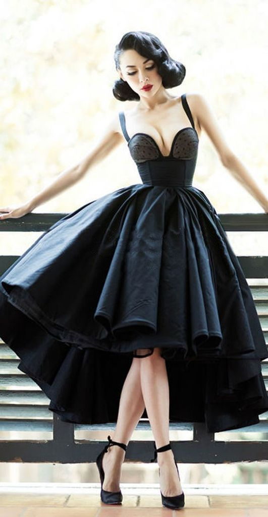 Black porm dress to complete your style in this moment