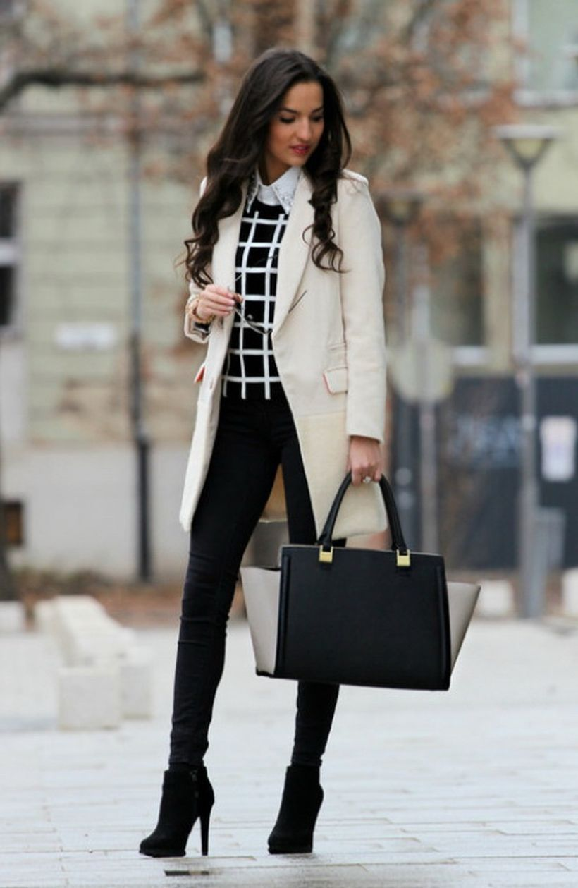 A-unique-fitted-blazer.-
