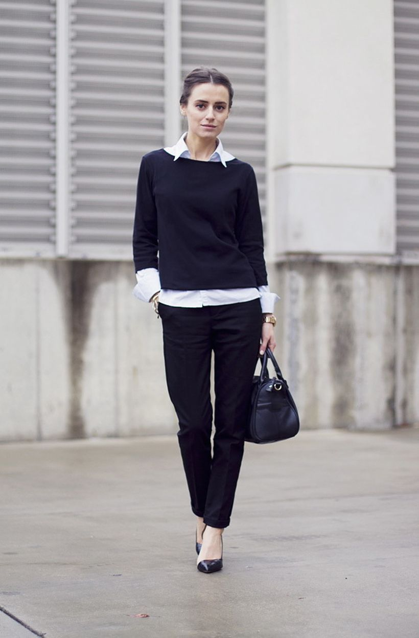 An-attractive-pleated-black-trousers.-