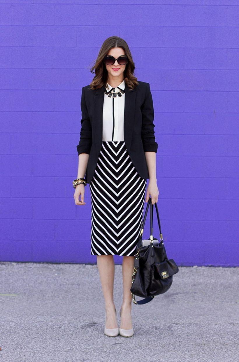 A-wonderful-white-v-striped.-