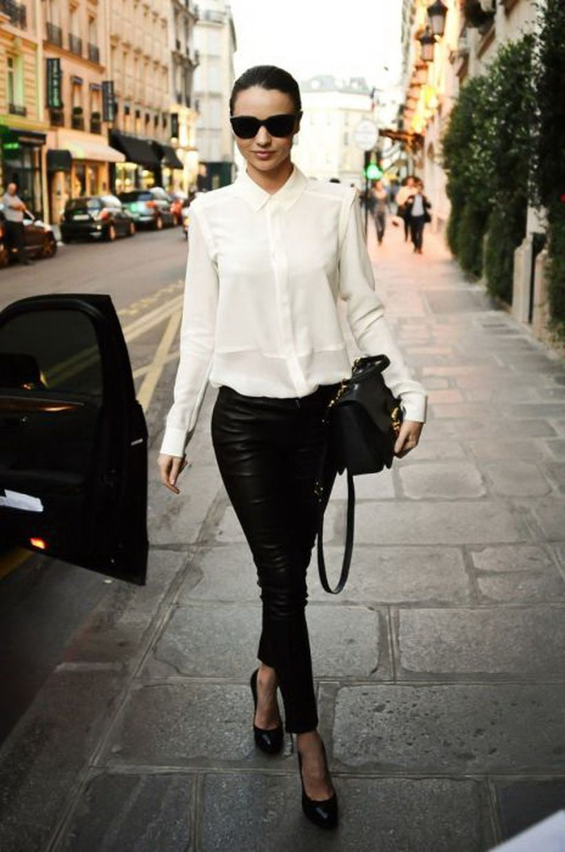 High-waisted-black-pencil-skirt.-