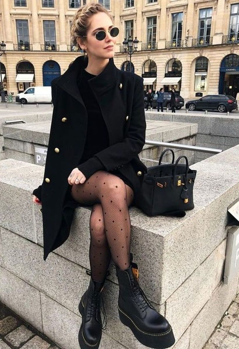 Black-coat-and-black-boot-for-women