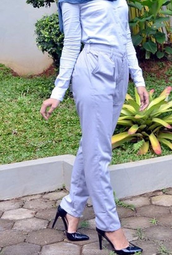 Exciting-light-grey-baggy-pant-1-1