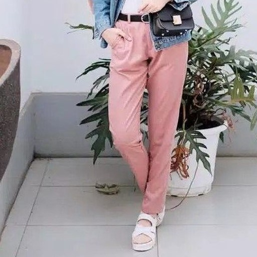 Magnificent-dusty-pink-baggy-pants-1-1