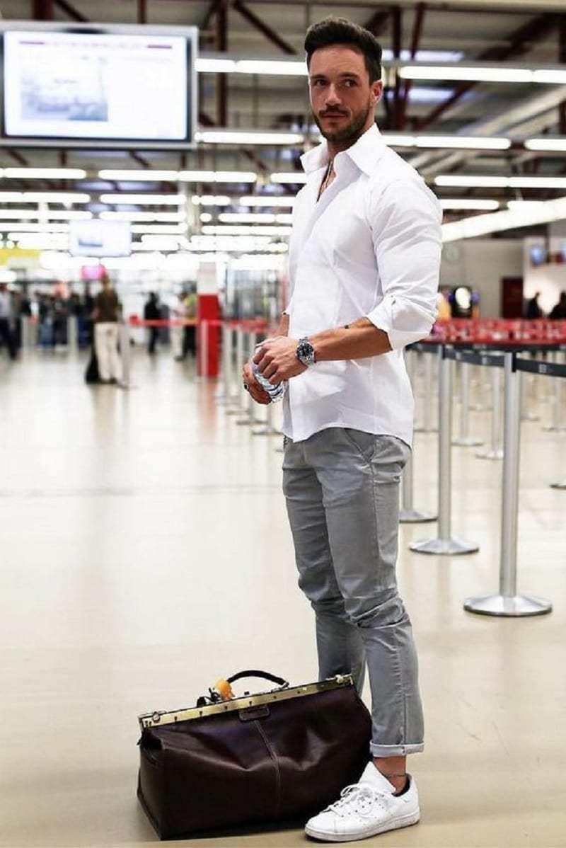 Airport look 3