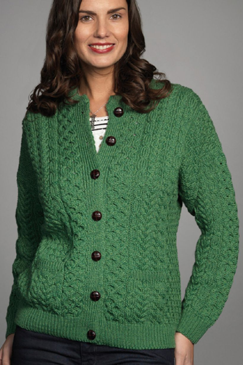 Best green sweaters ideas with black buttoned to look beautiful