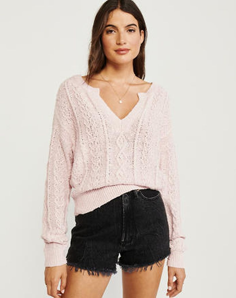 Charming long sleeves sweaters with pink for elegant women