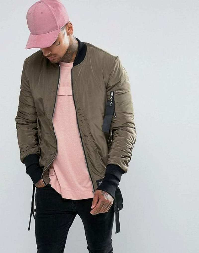 Bomber jacket with detachable straps