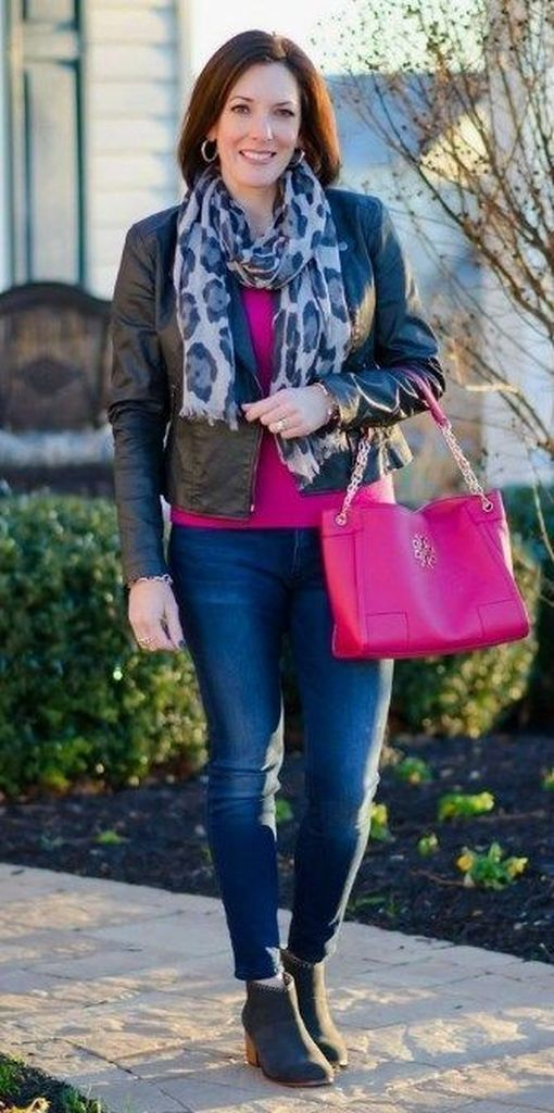Black leather jacket combined with skinny jeans