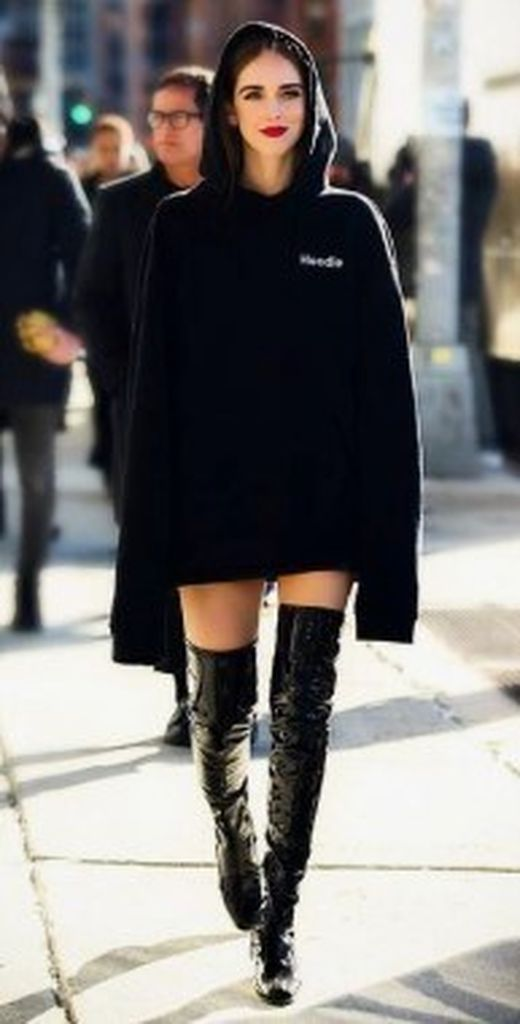 Beautiful-casual-outfit-for-teen-with-black-oversize-hoodie-combined-black-knee-boot-to-complete-your-street-style
