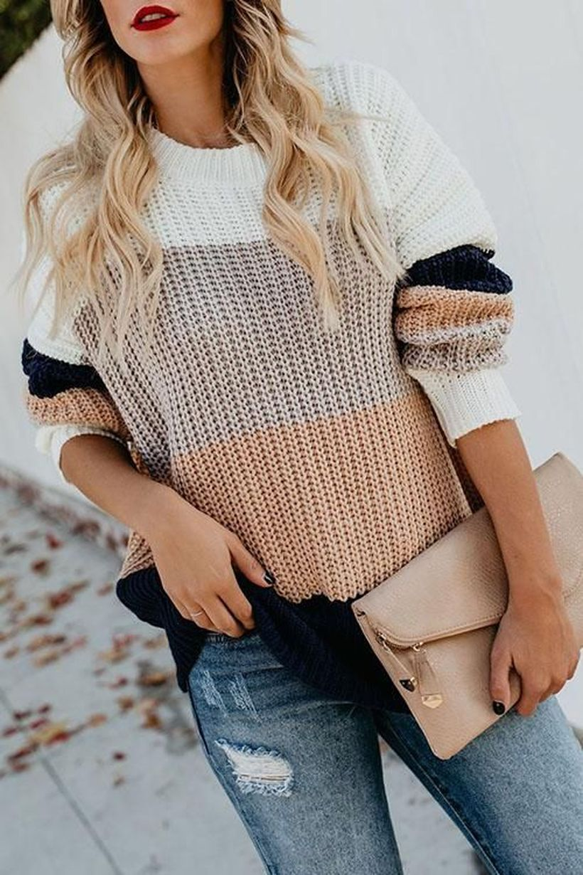 Knit-sweater-for-this-season