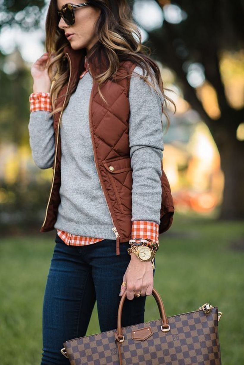 Grey-sweater-and-jacket-vest