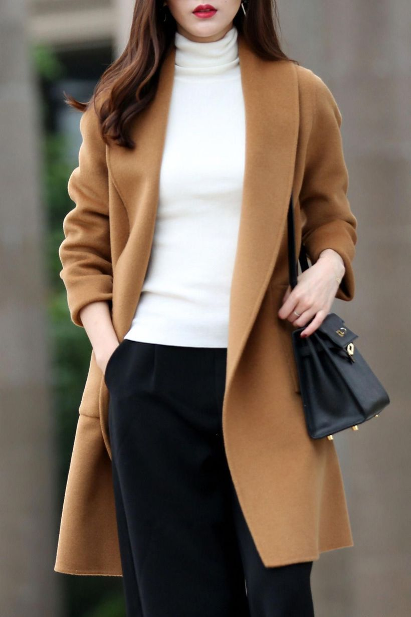 White-sweater-and-beige-coat