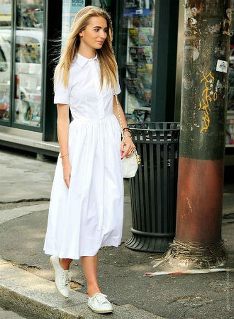A-creative-an-all-white-outfit-and-sneakers.-