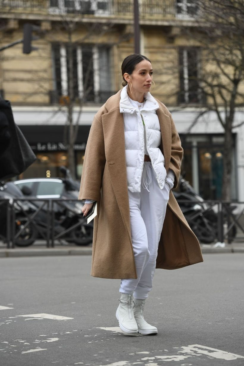 A-magnificent-a-camel-coat-and-sneakers.-