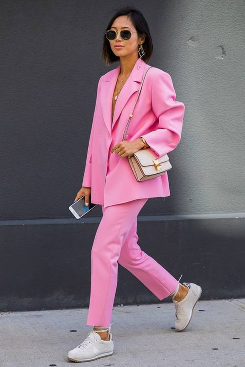 A-gorgeous-pink-shirt-and-sneakers.-