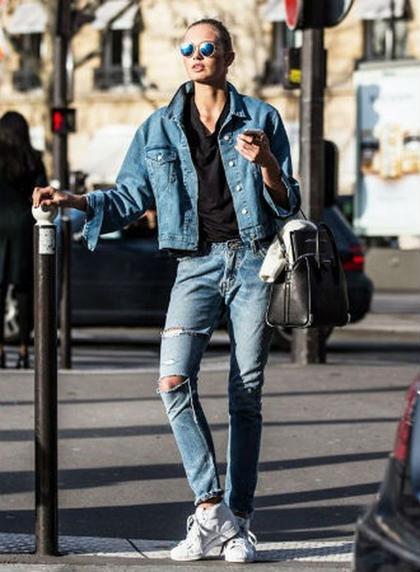 An-attractive-double-denim-and-sneakers.-