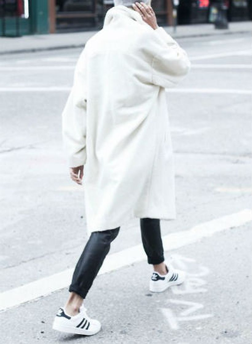 An-awesome-sneakers-with-leather-pants-