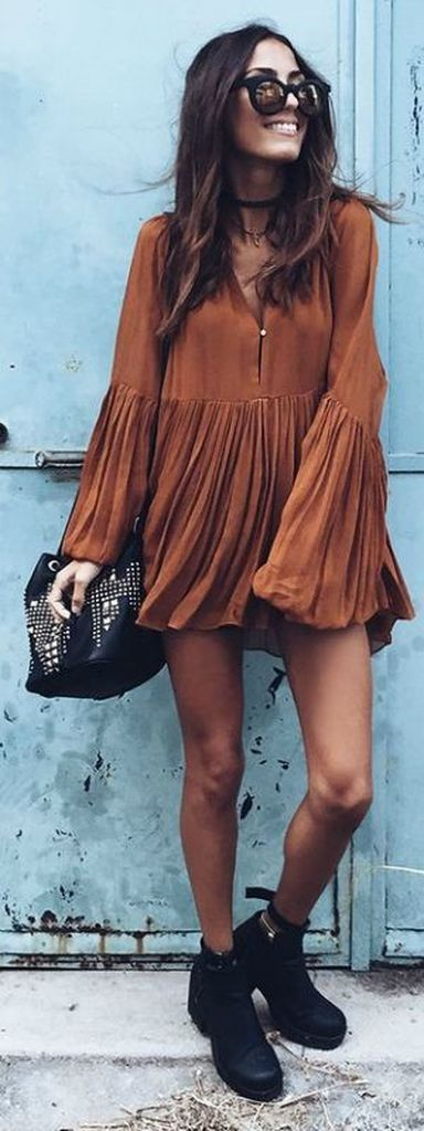 Brown long sleeve dress combined with black shoes