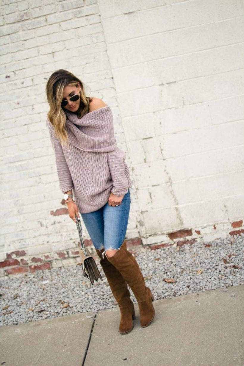 Lilac-sweater-casual.-