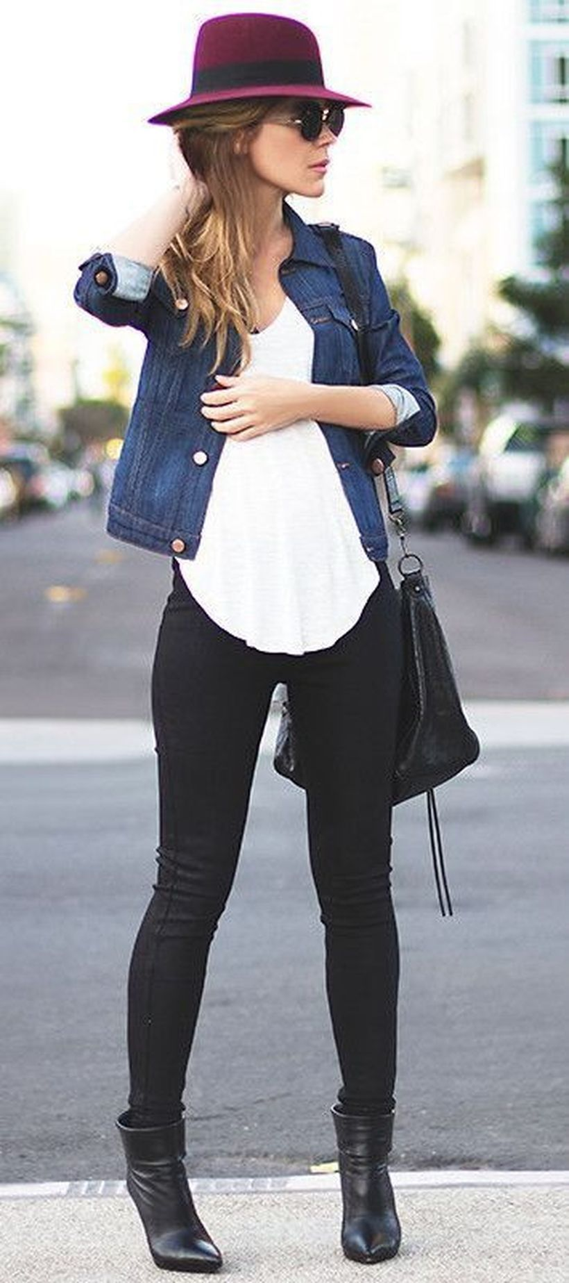 23-tops-to-wear-with-leggings-this-fall-13-
